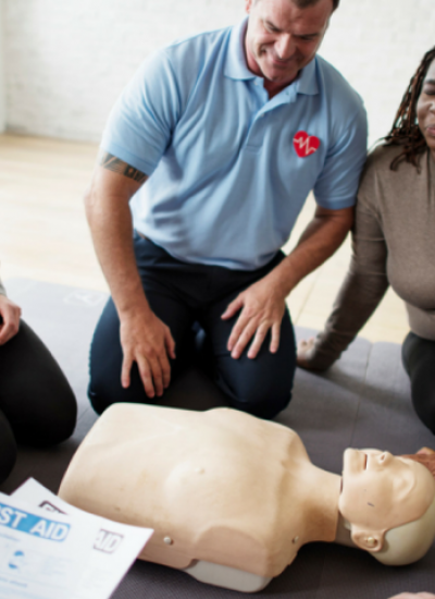 Cpr_First_Aid_Training_Course2